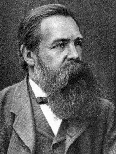 Engels et son participation dans la naissance de marxisme